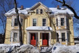 Cambridge, MA:  Snow melts  2/4/12